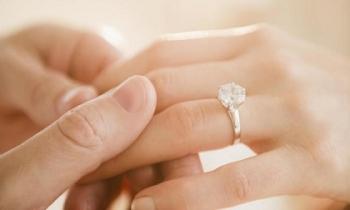 Kinh nghiệm chọn nhẫn đính hôn đẹp và ý nghĩa