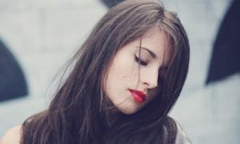Cô gái Hà Nội đưa ra 5 điều kiện khiến người yêu tỉnh lẻ 'toát mồ hôi'