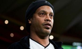 Ronaldinho dương tính với nCoV