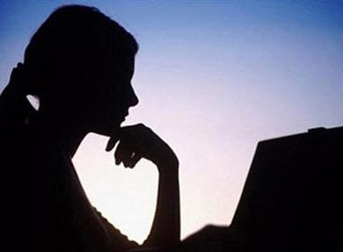 'CƠM-PHỞ' thời nay (P77): Vợ mù công nghệ, chồng công khai ngoại tình trên Facebook