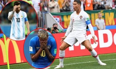 Ronaldo 'cân' cả Messi, Neymar: Bí mật nằm sau chiếc giày!