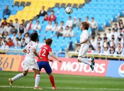 Thua Hàn Quốc 0-3, tuyển nữ Việt Nam vẫn ngẩng cao đầu