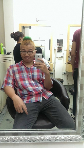 """Những kiểu tóc """"không giống ai"""" của giới trẻ Việt - 3"""