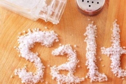 Nguy hiểm khôn lường từ việc ăn quá nhiều muối - Ảnh 2