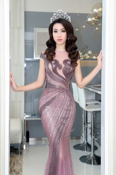 Hoa hậu Mỹ Linh đẹp không tỳ vết 6
