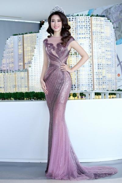 Hoa hậu Mỹ Linh đẹp không tỳ vết 0