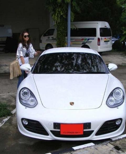 Top 5 ngôi sao Thái Lan sở hữu siêu xe đắt đỏ 3