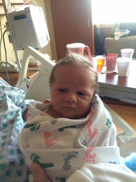 Những em bé vừa ra đời đã biến thành cụ già khiến ai nhìn cũng phải bật cười - Ảnh 10.