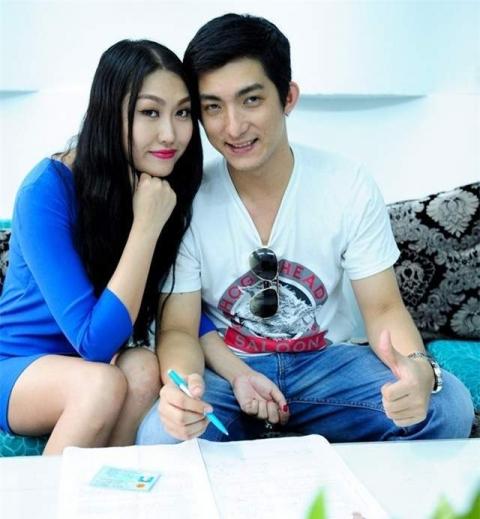 Lộ tin nhắn Phi Thanh Vân năn nỉ chồng quay lại sau khi ly hôn - Ảnh 1.