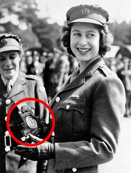 15 bức ảnh lịch sử ấn tượng, bất cứ ai cũng nên xem! - Ảnh 10.