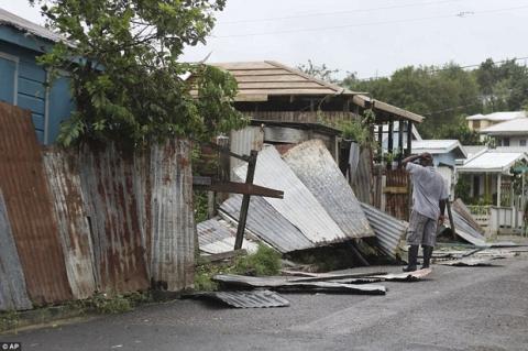 Khu vực Caribbe hoang tàn khi bão Irma đổ bộ, nhiều hòn đảo gần như bị phá hủy hoàn toàn - Ảnh 4.