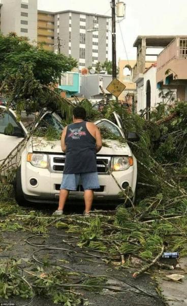 Khu vực Caribbe hoang tàn khi bão Irma đổ bộ, nhiều hòn đảo gần như bị phá hủy hoàn toàn - Ảnh 7.