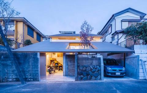 Ngôi nhà cổ Nhật Bản với kiến trúc mái lợp bằng gỗ khiến bao người phải xao xuyến - Ảnh 1.