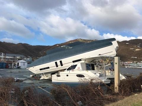 """Siêu bão Irma phá tan nát hòn đảo ở Caribe, """"giúp"""" 120 tù nhân bỏ trốn - 2"""