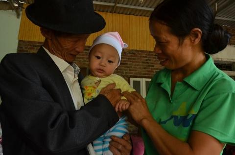 Người cha già hơn 1000 ngày tìm con gái bên Trung Quốc - 3