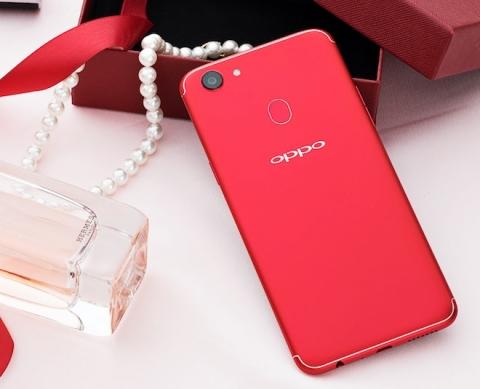 Top smartphone màu đỏ rực làm quà Noel 2017 - 3