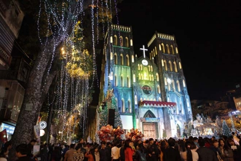 Những bí kíp chụp ảnh đẹp lung linh đêm Giáng Sinh - 1