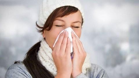 Giáo sư đầu ngành chia sẻ 4 nguyên tắc vàng trị viêm mũi - 1