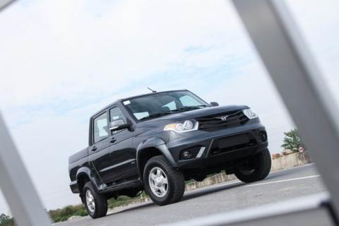 Xe Nga tại Việt Nam có giá từ 390 triệu đồng - 3