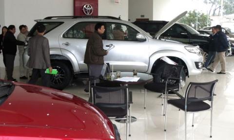 Kinh nghiệm mua sắm ô tô dịp cận Tết - 1