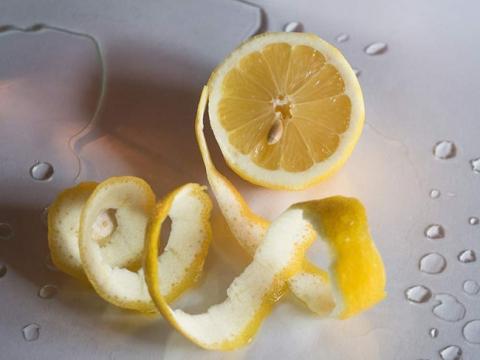 Tiếc ngẩn ngơ khi biết công dụng của 9 thực phẩm dễ bị bỏ đi phần thừa - 1