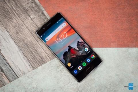 """Top 10 smartphone có loa """"khủng"""" nhất thị trường - 2"""