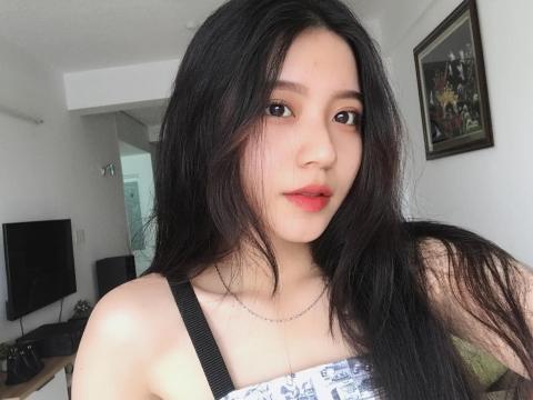Loat hot girl sinh nam 2000 chuan bi thi THPT quoc gia hinh anh 7