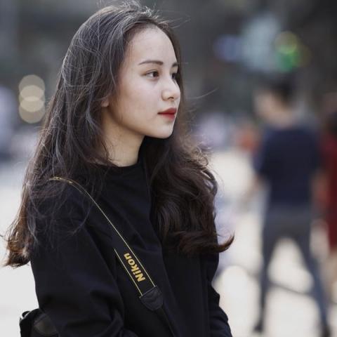 Nữ sinh Hà Nội hot nhất mùa bế giảng 2018 vì quá xinh đẹp - 7