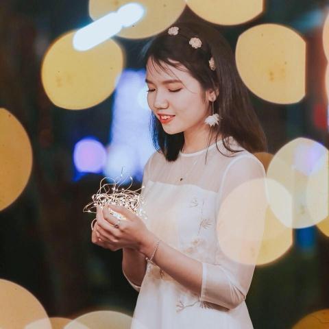 Bài viết chia tay tuổi học trò lấy nước mắt toàn trường của cô bạn Nghệ An từng đạt giải Nhất học sinh giỏi quốc gia môn Văn - Ảnh 1.