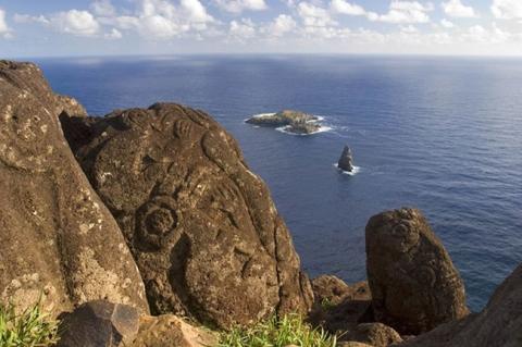 Bí ẩn ngàn năm về sự diệu kỳ của Đảo Phục Sinh Rapa Nui - 10