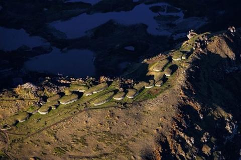 Bí ẩn ngàn năm về sự diệu kỳ của Đảo Phục Sinh Rapa Nui - 9