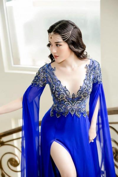 Huyền My là 1 trong 19 hoa hậu đẹp nhất hành tinh 2017 - 1