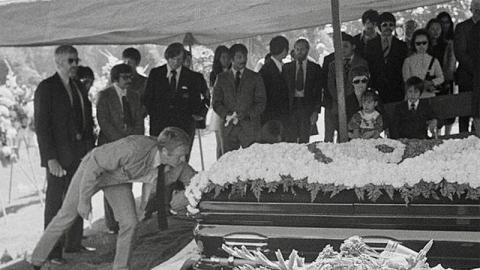 Tiết lộ bất ngờ về cái chết của huyền thoại Lý Tiểu Long - ảnh 1