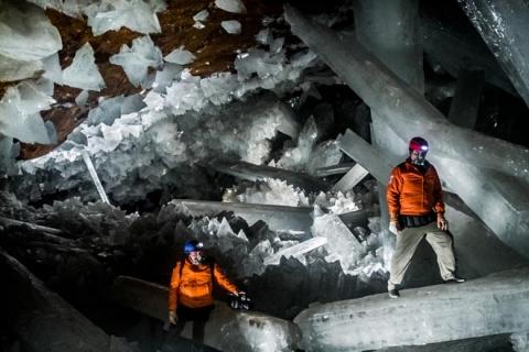 Hang động pha lê lớn nhất thế giới - 1