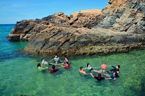 Trốn nắng hè bằng chuyến vi vu tới thiên đường biển Kỳ Co - 5