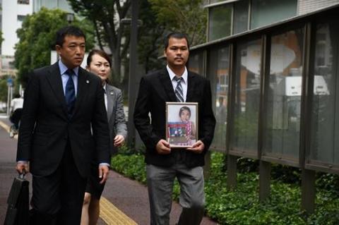 Bố bé Nhật Linh lên tiếng về bản án chung thân dành cho bị cáo Shibuya - Ảnh 1.