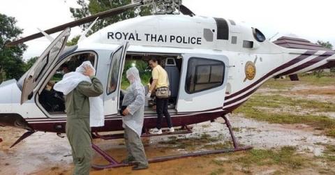 NÓNG: Toàn bộ 13 thành viên đội bóng Thái Lan đã được cứu khỏi hang - 6