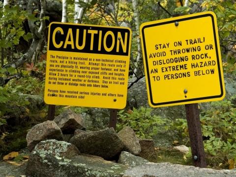 11 địa điểm nguy hiểm chết người vẫn hút vạn du khách - 2