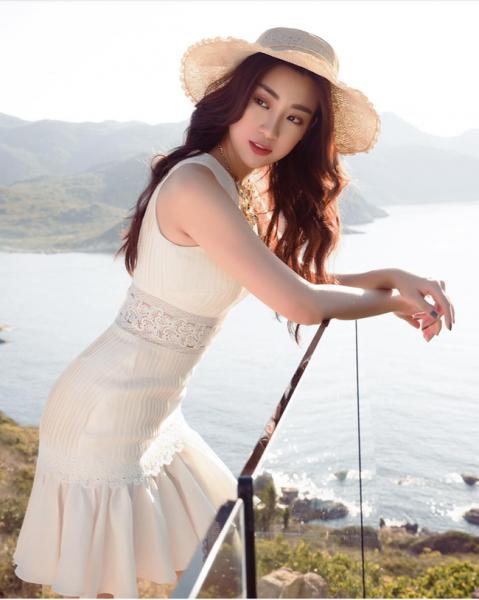 Đỗ Mỹ Linh: Từ cô gái bị chê bầm dập với nhan sắc thiếu mì chính lúc đăng quang đến danh xưng Hoa hậu bảo vật quốc gia - Ảnh 10.