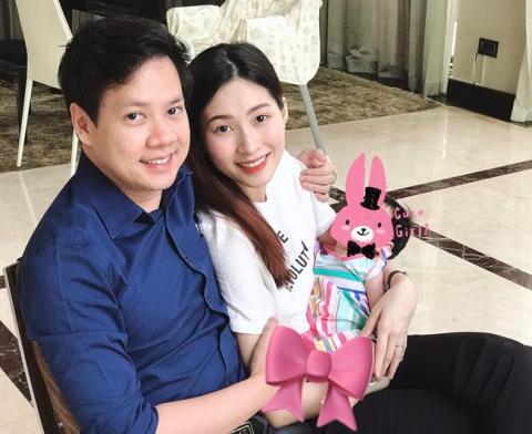 Hot: Lần đầu lộ ảnh cận mặt tiểu công chúa nhà Hoa hậu Đặng Thu Thảo - Ảnh 2.