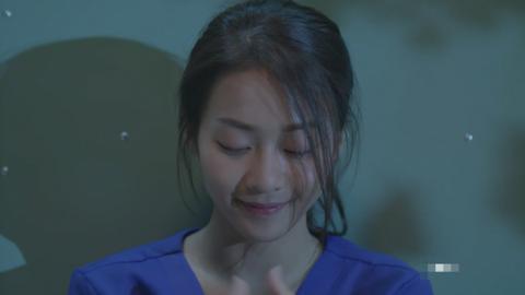 Ơn giời, cuối cùng diễn xuất của Khả Ngân trong Hậu duệ mặt trời bản Việt đã có khởi sắc  - Ảnh 13.