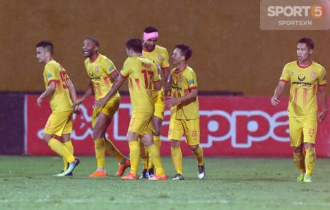 V.League 2018 hạ màn: Vinh quang, hạnh phúc và những nỗi đau chạm đáy