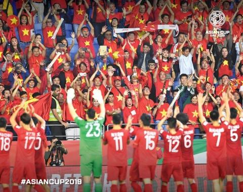 Việt Nam đóng góp 3 bức ảnh trong top 10 khoảnh khắc ấn tượng nhất tứ kết Asian Cup 2019
