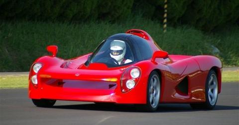 Những quái vật F1 ẩn mình trong lốt siêu xe đường phố
