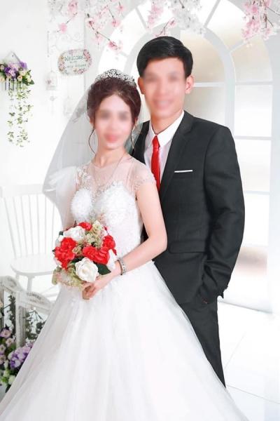 Hàng xóm sát vách hé lộ sự thật gây sốc về nguyên nhân cô dâu hất tay chồng không cho hôn trong đám cưới-4