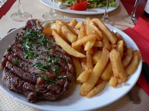 Thực phẩm đại kỵ tuyệt đối không nấu cùng thịt bò - 2