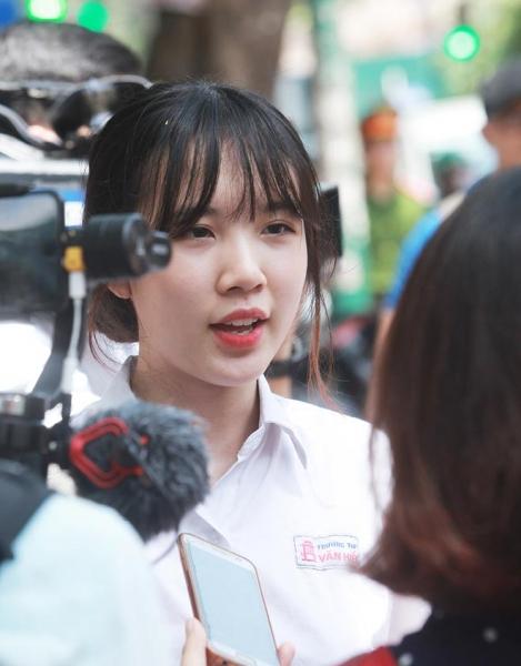Dàn gái xinh thi THPT Quốc gia 2019 gây chú ý vì nhan sắc xinh đẹp - 8