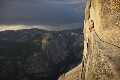 Cuộc thử thách của những người không sợ tử thần ở một ngọn núi tại Mỹ - 7