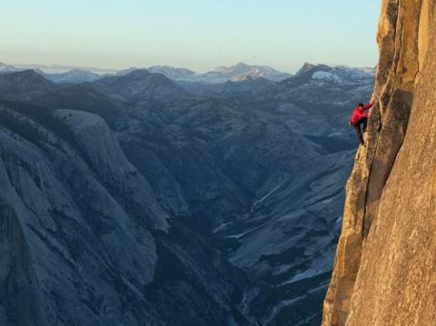 Cuộc thử thách của những người không sợ tử thần ở một ngọn núi tại Mỹ - 9