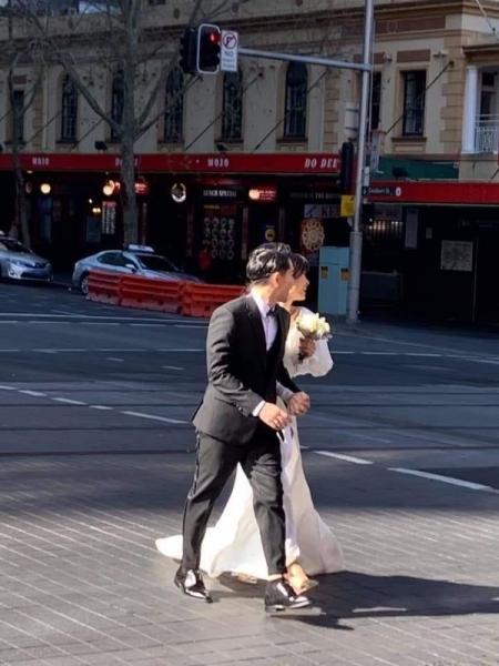 Đông Nhi và Ông Cao Thắng chụp ảnh cưới tại Úc: Đẹp đôi như hoàng tử  công chúa! ảnh 0
